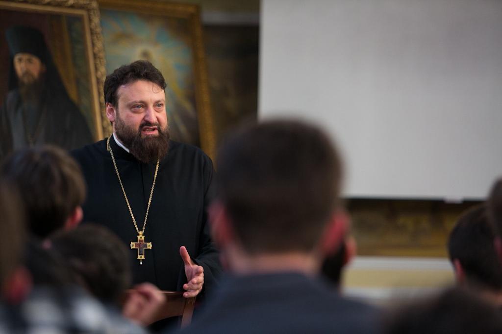 Руководитель информационного отдела выступил с циклом лекций для студентов светских и духовных вузов Ставрополя